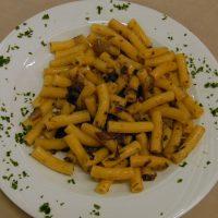 Maccheroncini radicchio salsiccia